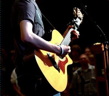 Acoustic Guitar Fingerpicking Patterns - Free Online Video Lessons