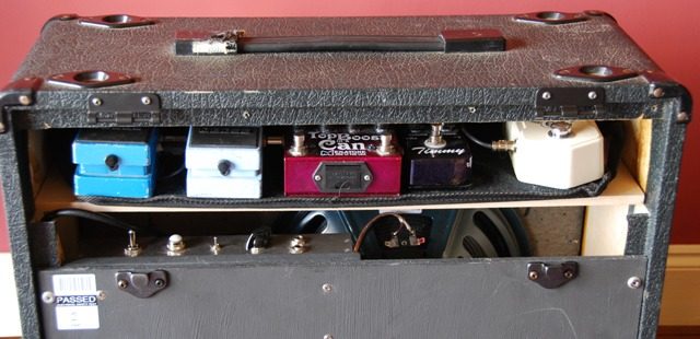 marshall-amp-with-pedal-board-compartment