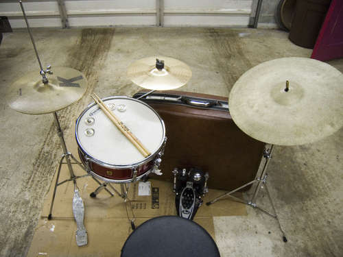 Build-a-Suitcase-Drum-Set