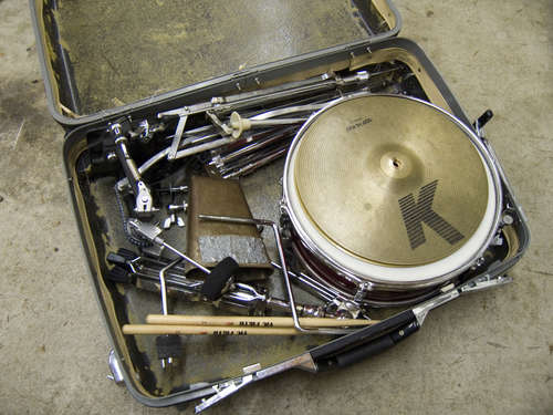suitcase-drum-kit