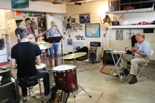 basement-worship-rehearsal